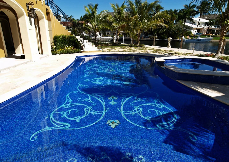 valdes mosaic legs pool complete